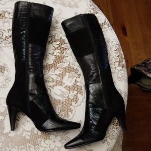 🌹🛍Gorgeous leather and suede boots🛍😊